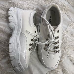 NASTY GAL // WHITE SNEAKERS 🤍🤍